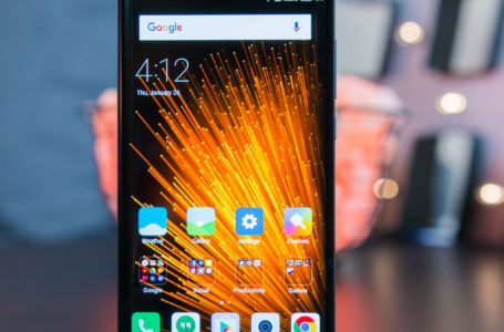Xiaomi Mi Blend 2 Tipped to Game a Curved AMOLED Show