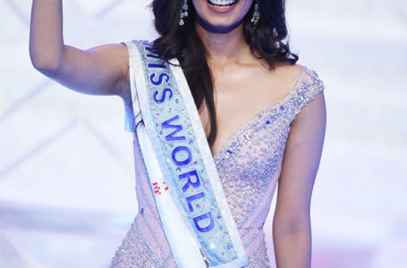 What is Manushi Chhillar's Beauty with a Purpose tour about?